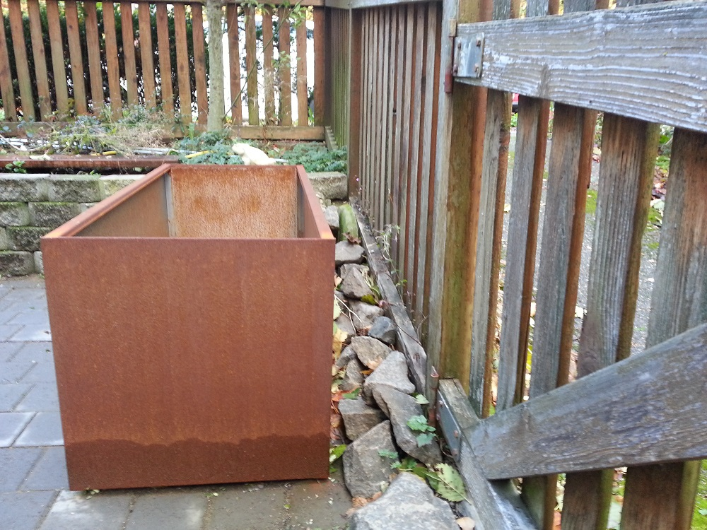 corten steel planter wall